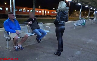 Public threesome with Double Facial directly on the station!